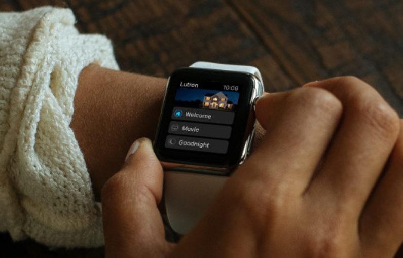 Dispositifs domestiques intelligents qui fonctionnent avec votre montre Apple