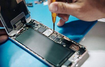 Comment apprendre à réparer du matériel multimédia notamment des téléphones ?