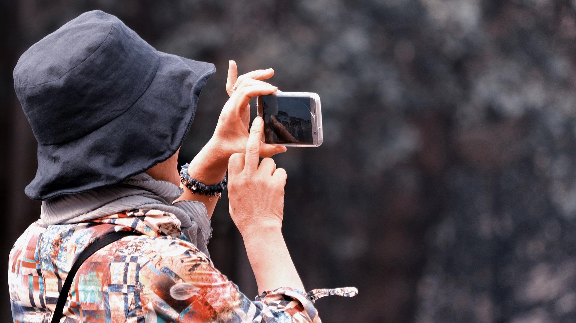 Comment_cacher_les_messages,_les_photos,_les_vidéos_et_les_applications_de_votre_smartphone_Android